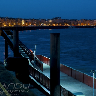 bordeaux & garonne by night